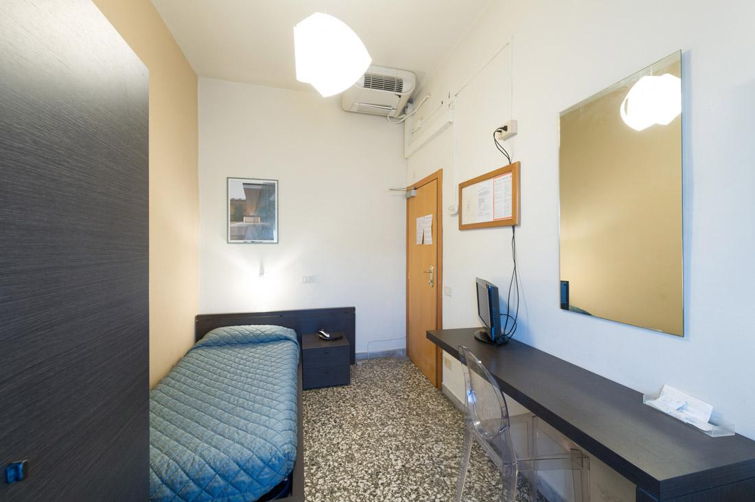 Camera singola con bagno in comune